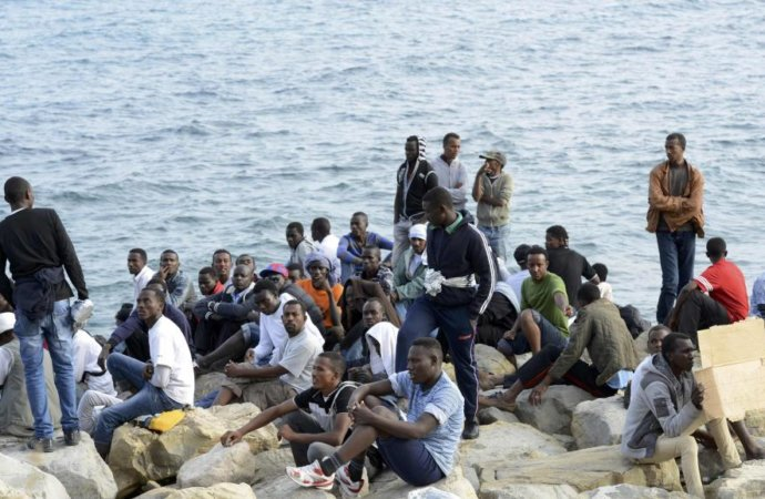 Migrations: chute de 95% du flux de migrants vers l'Europe via le Niger et la Libye